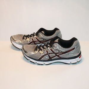 Asics Men's Size 10 Gel Excite 3 Sneakers